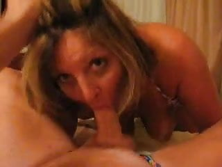 Submitted milf inhaling this cock (milfs unleashed)