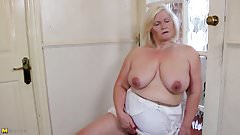 Big granny with old big thirsty vagina