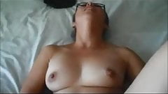 Curvy milf creampied on homemade