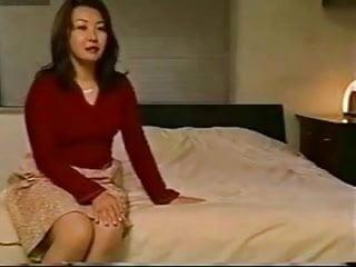 Mature Japanese Mom and not son Hotmoza