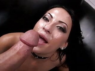 Kelly Diamond gets her face covered in sweet cum