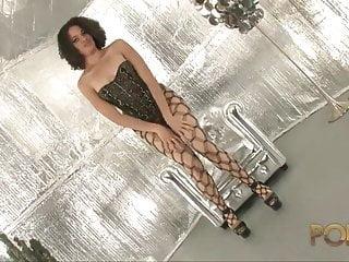 Tia Khan belle metisse de Bordeaux dans sa premiere video
