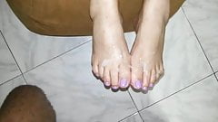wrinkled soles and cum toes footjob
