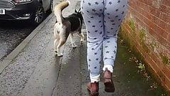 Jiggle Butt walkingHigh rotated