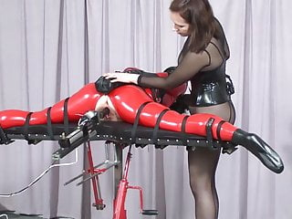 Download video bokep BDSM Fucking machine. Mp4 terbaru