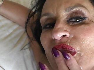 Hot MILF Facial
