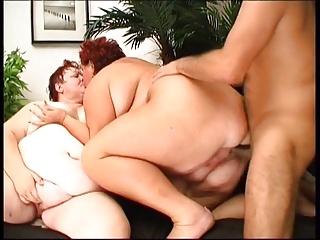 2 Grannies BBW + 1 Man