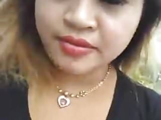 Download video bokep tante berliana pamer toket sexy Mp4 terbaru