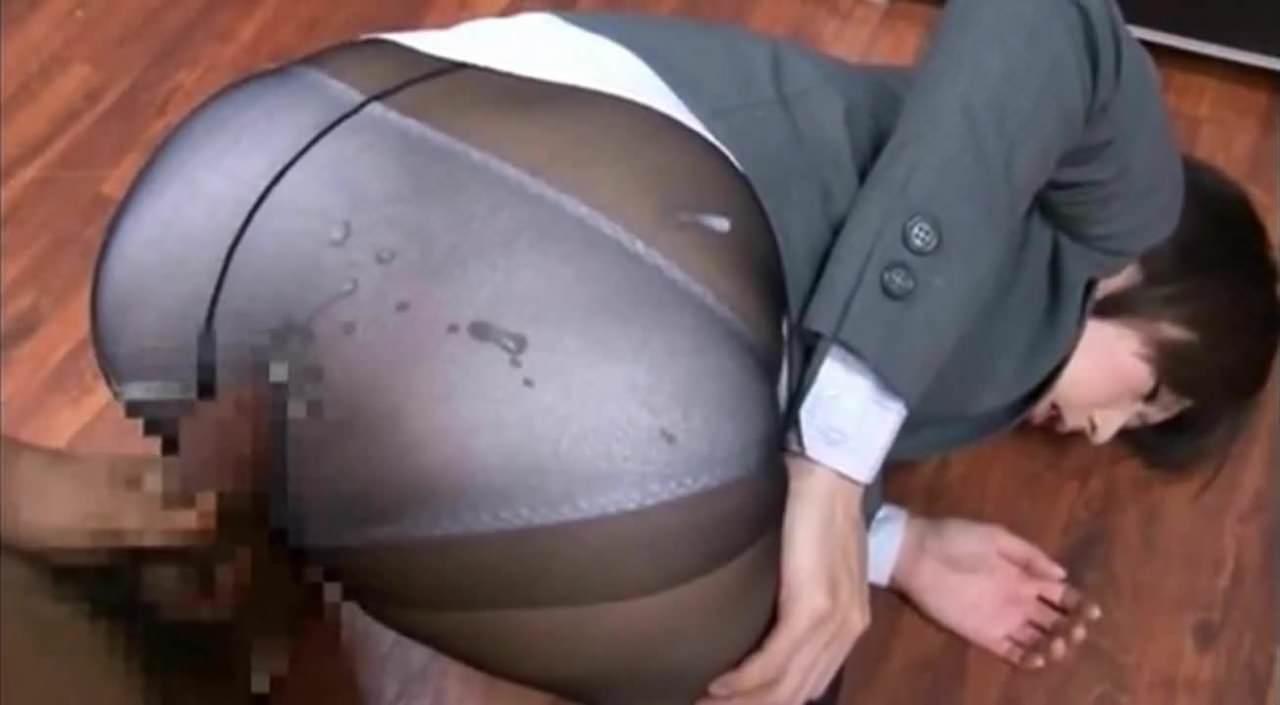 <痴女動画>黒パンストの...