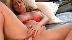 Solo milf wives