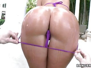 Oiled ass Jada Stevens Does Anal