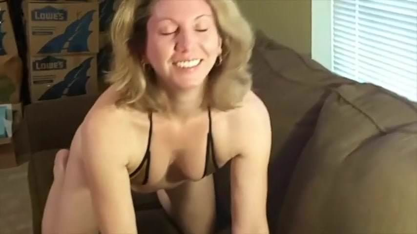 Amateur blonde milf 69 cocksucker photo