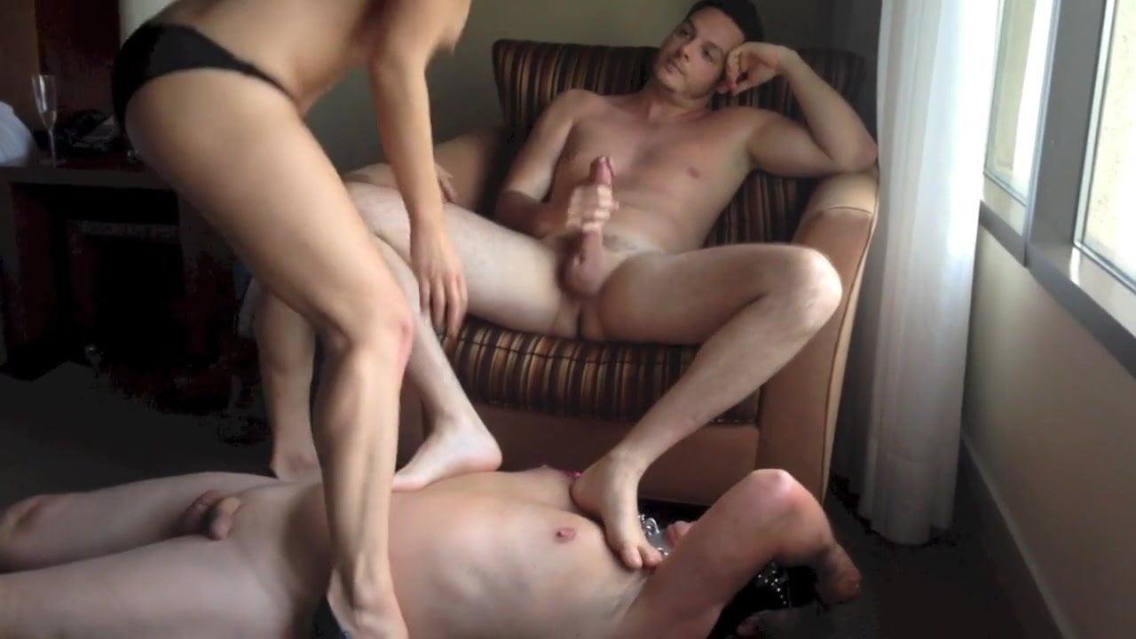 Cuckold video