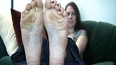 wrinkled soles scrunch