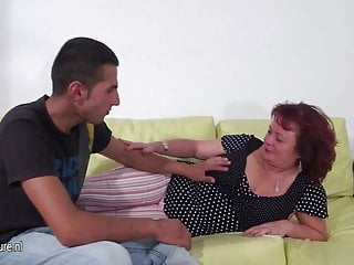 Mature slut mom fucking and sucking a hard cock