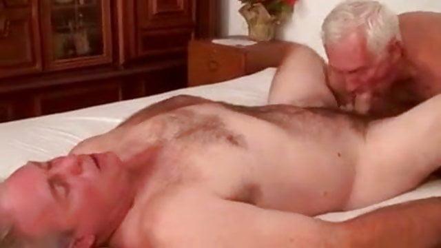 Valódi először meleg szex