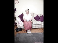 Omageil horny grandma pictures compilation Thumbnail
