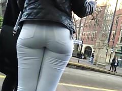 CHAV ARSE IN WHITE JEANS NEEDS CUM