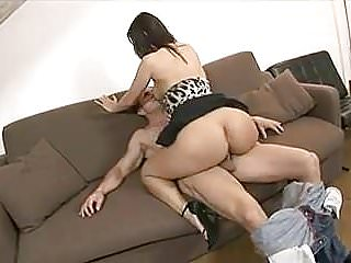 Hungry housewife moans with ecstasy while she gets fucked