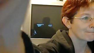 Mature amateur white woman on webcam