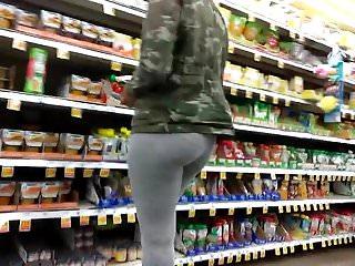 Bubble booty VPL in grey leggings preview