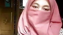 Hijab Muslim Girl Show Her Body's Thumb