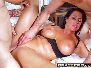 Brazzers - Milfs Like it Big - Never Marry A Milf scene star