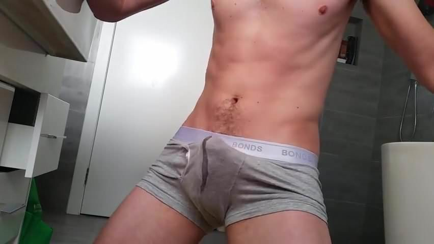 Darmowe porno Cumming w cipki