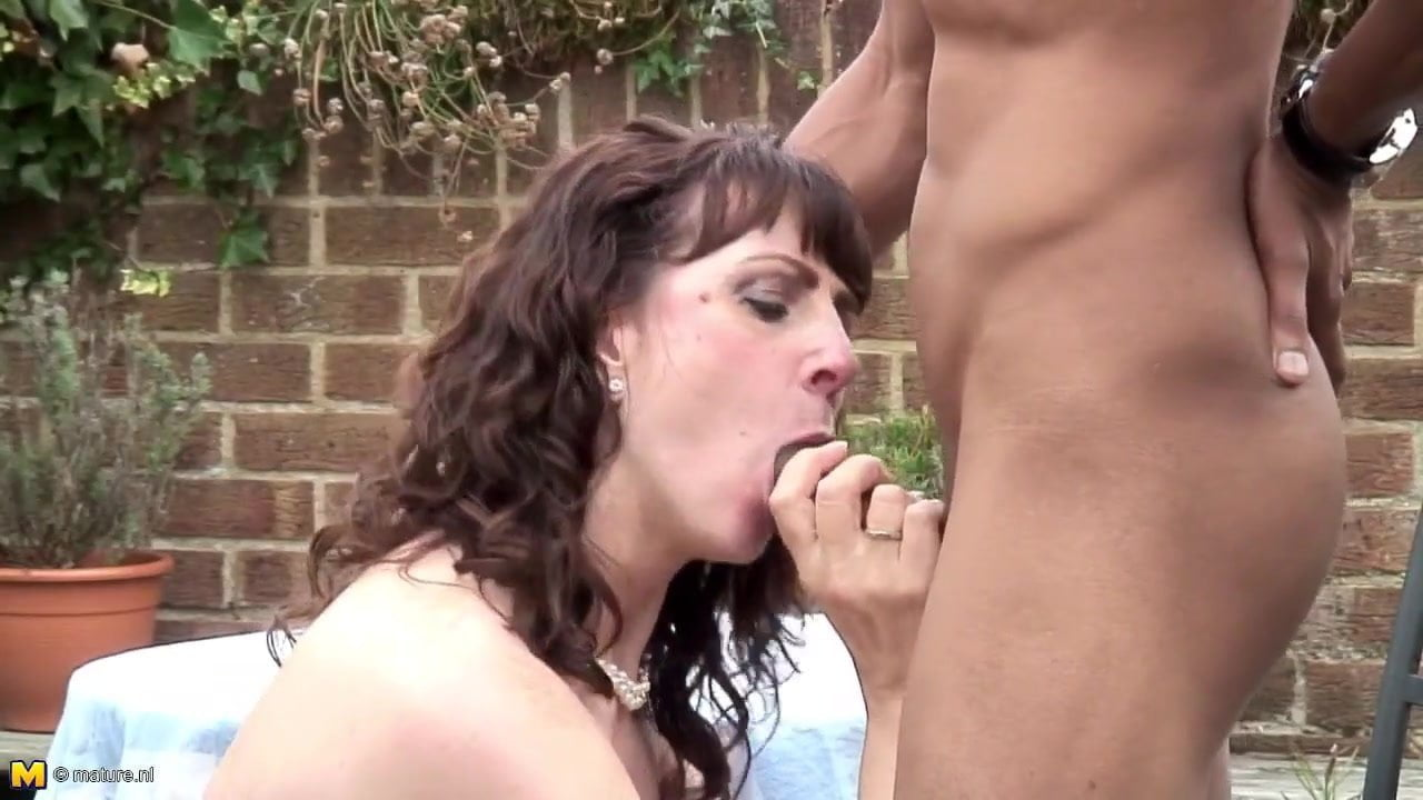 amateur wife and mom suck and fuck bbc, porn 9a: xhamster