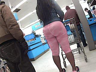 Ebony PHAT ass in Pink Spandex Lycra Leggings Candid Booty