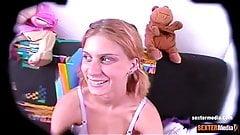 Bettie Ballhaus als Teen - heimlich gefilmt