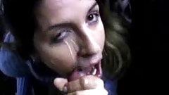 Betty pompinazzo con sborrata in faccia