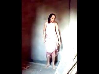 sezy arab wife dance and fuck