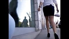 Turkish Banker Girl Pantyhose Legs