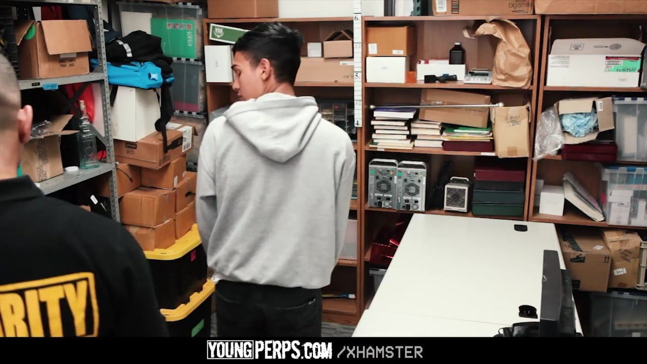 YoungPerps – Latin Man Used By Safety Guard
