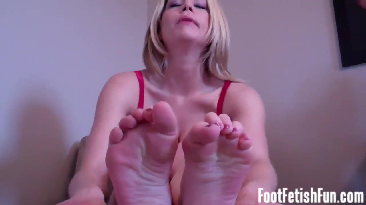 I know my feet make your dick hard