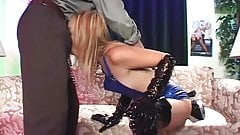 Sexy Babe gets Pounded