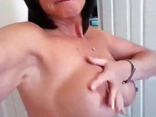 Sexy GILF pussy