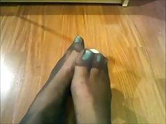 Julia Cool Pantyhose FootJob