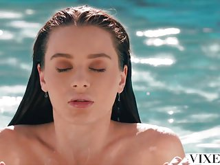 Download video bokep VIXEN Lana Rhoades Has Sex With Her Boss Mp4 terbaru