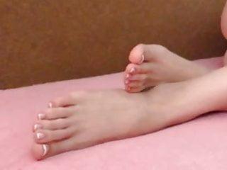 FeetStation TV : Sexy Feet French Pedi