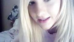 great blondie in skirt teasing