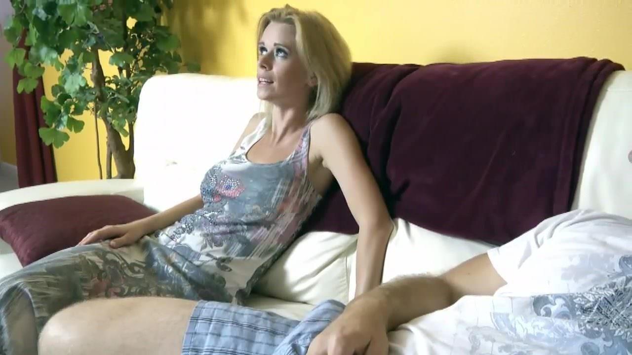 daringsex voyeur milf watches couple