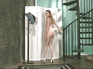 Beauty in stilettos spreads her legs for killer view