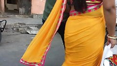 Hot curvy aunty in saree