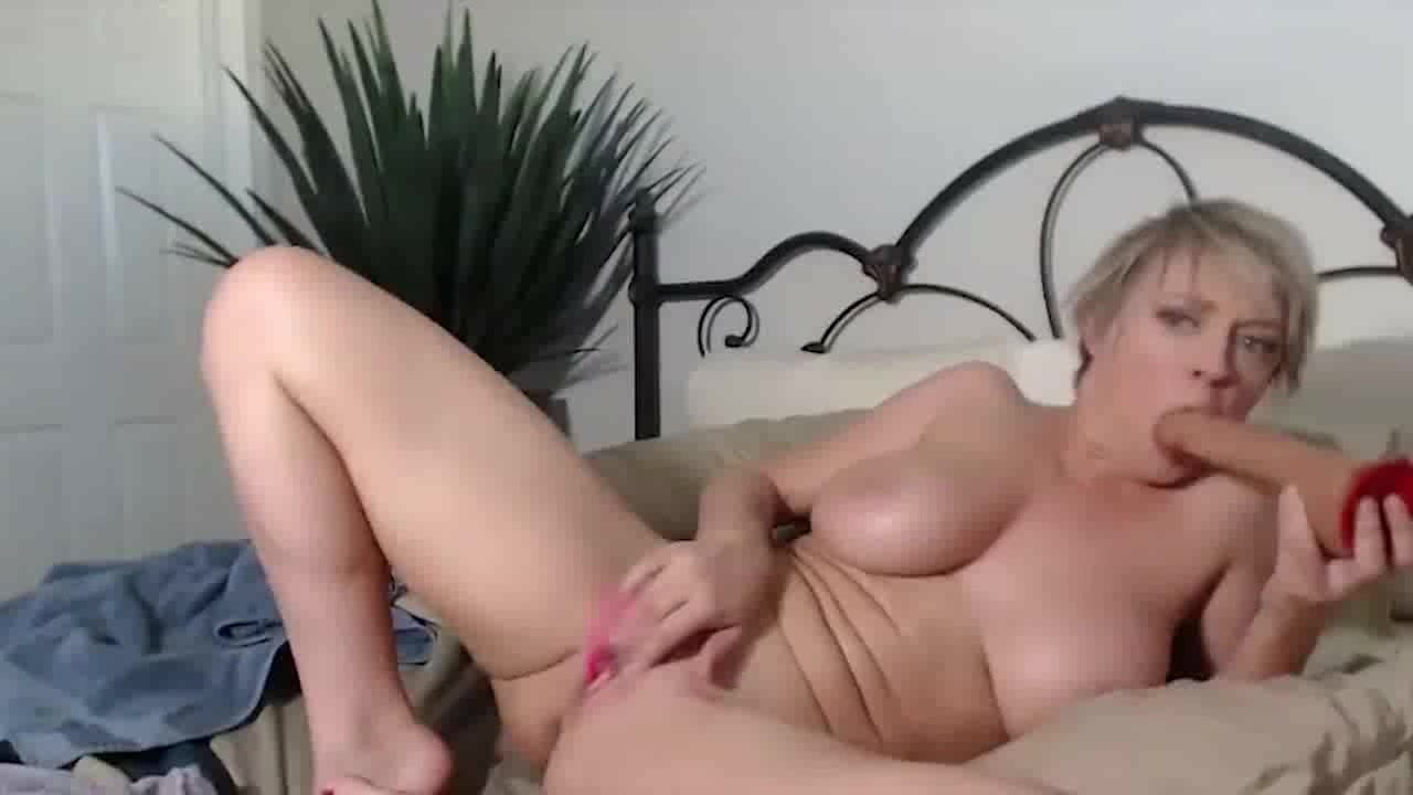 Free download & watch hot milf dee with big natural tits show by dracarys            porn movies