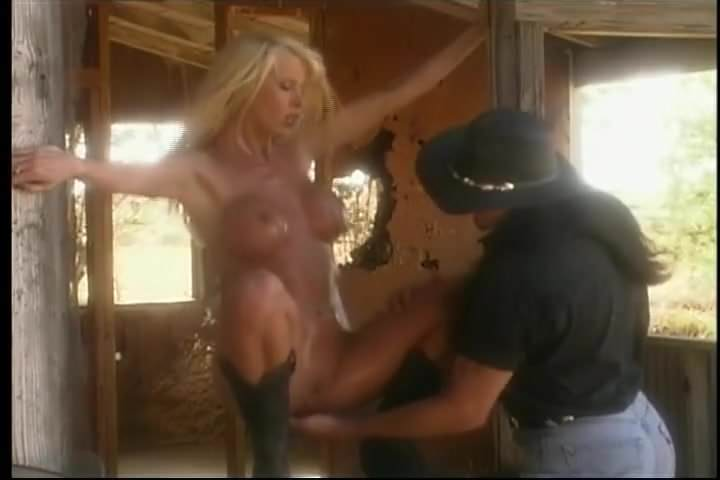 Wild blonde bimbo sex