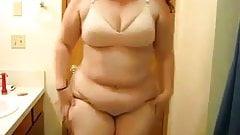 Yelske BBW in pink panties