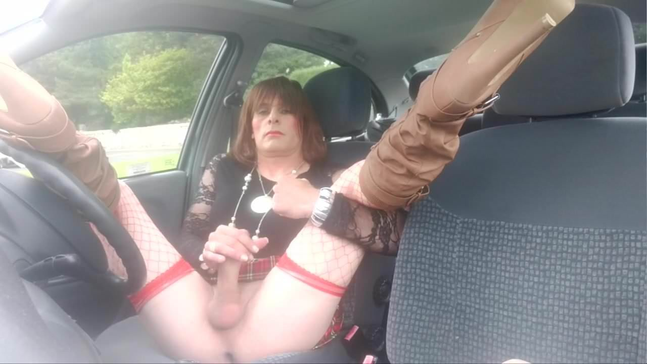 Sissy crossdresser car outdoor