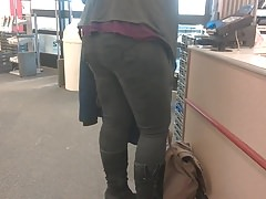 THiCK THiGHs PHAT ASS PAWG in BooTs